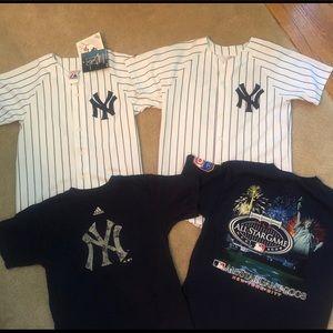 Youth lot NY Yankees jerseys tees large Majestic
